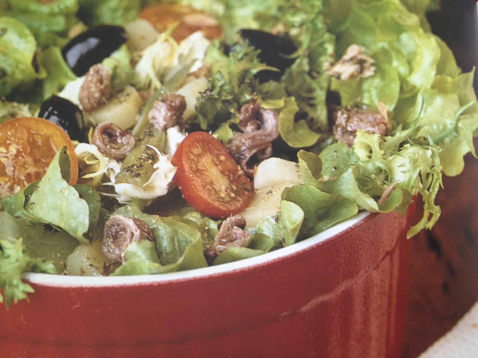 Green Salad With Anchovies And Olives | Umami Experience