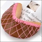 Giant-Valentines Cookie-Beas-Gift-Baskets-CelebrateWomanToday.com