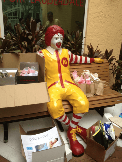 RonaldMcDonald-ft-Lauderdale-House-Sponsors-Gifts