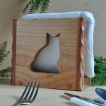 sitting cat wood napkin holder side