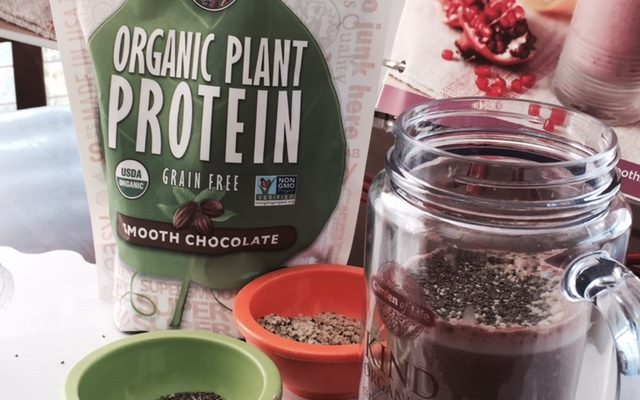 Chocolate Flavor Paired with Organic Plant Protein Smoothy Recipe #AMCoffee