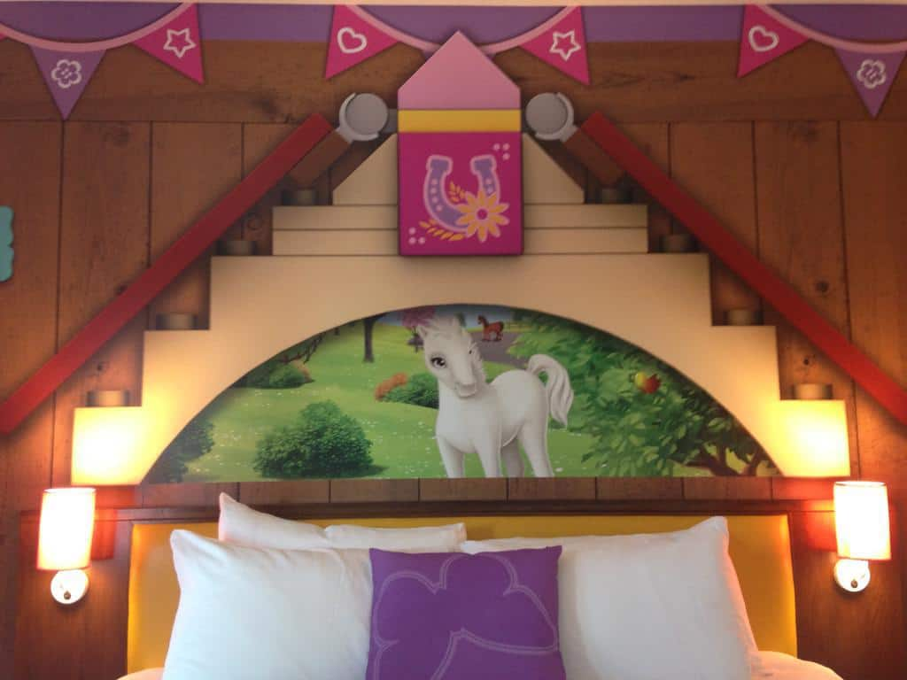 Legoland-Hotel-Rooms-Little-Pony