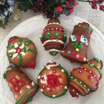 Christmas Cookies – 3D Ornament Tea Cakes Decorated To Your Liking  #RecipeIdeas