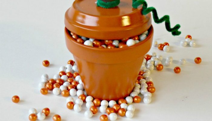 Terra Cotta Pumpkin Pot Thanksgiving Craft For Your Festive Home Decor #RecipeIdeas Made Easy