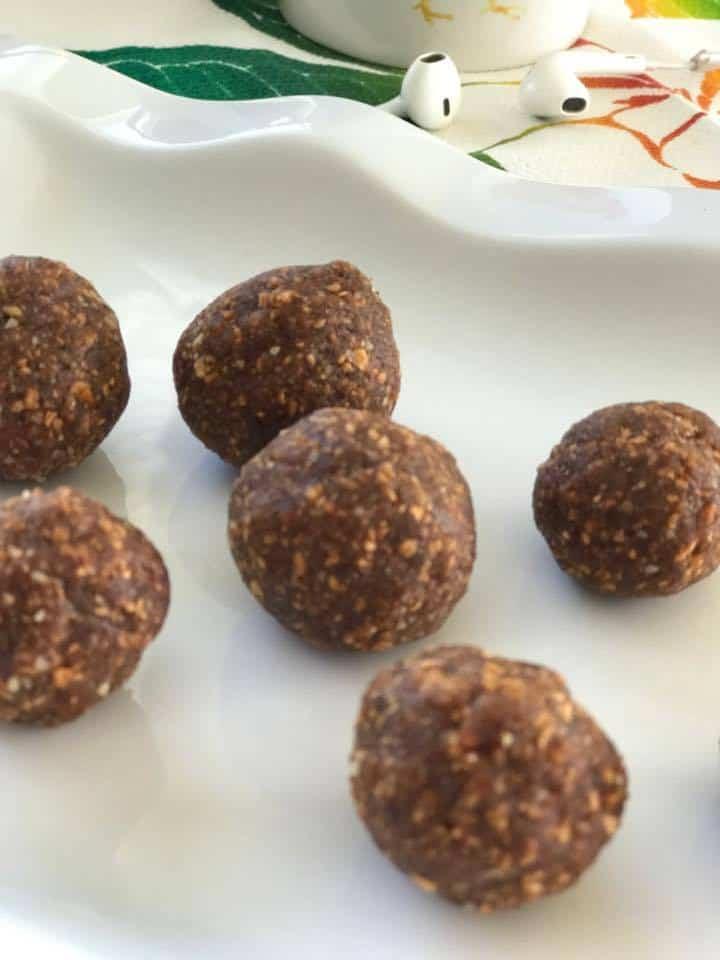 Energy Balls In Apple Nutmeg Bites #RecipeIdeas