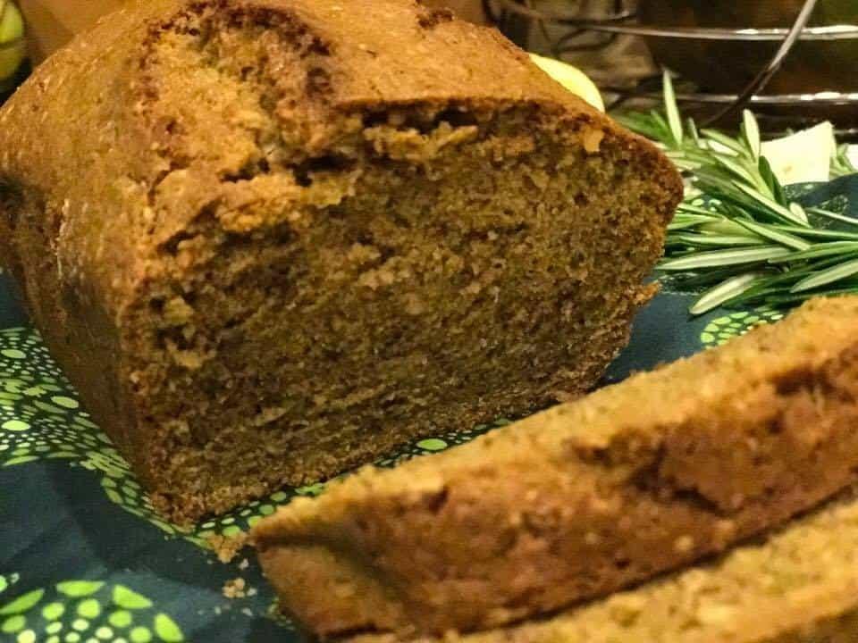zucchini-quick-bread-sliced