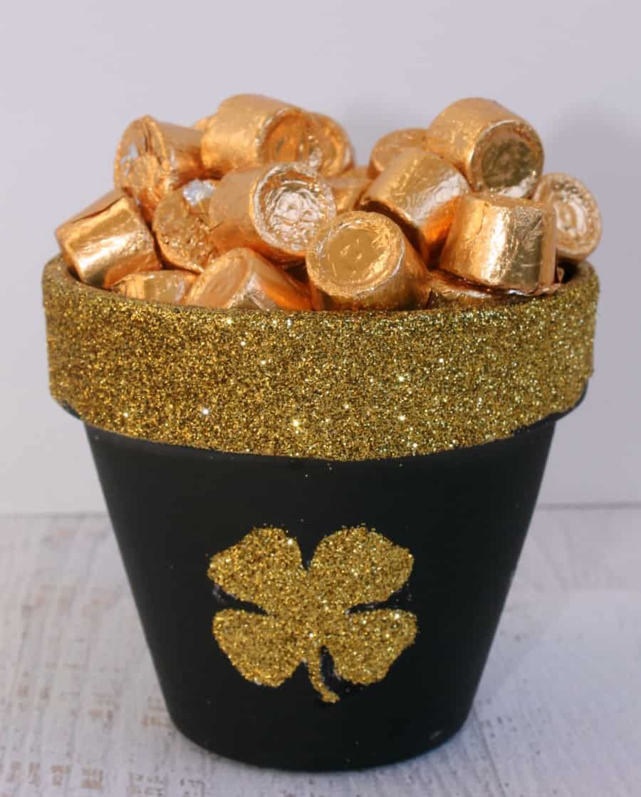 St Pattys Day Pot of Gold Craft