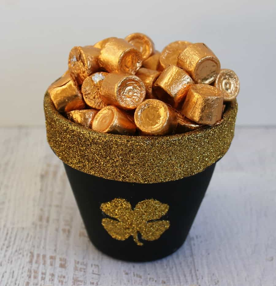 Easy St. Patrick's Pot Of Gold Craft
