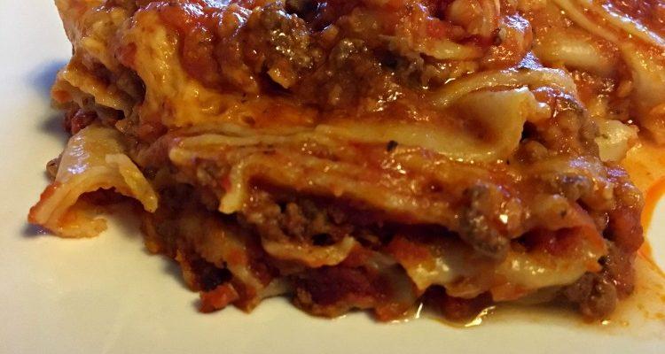 Crock Pot Lasagna #EasyDinners #RecipeIdeas