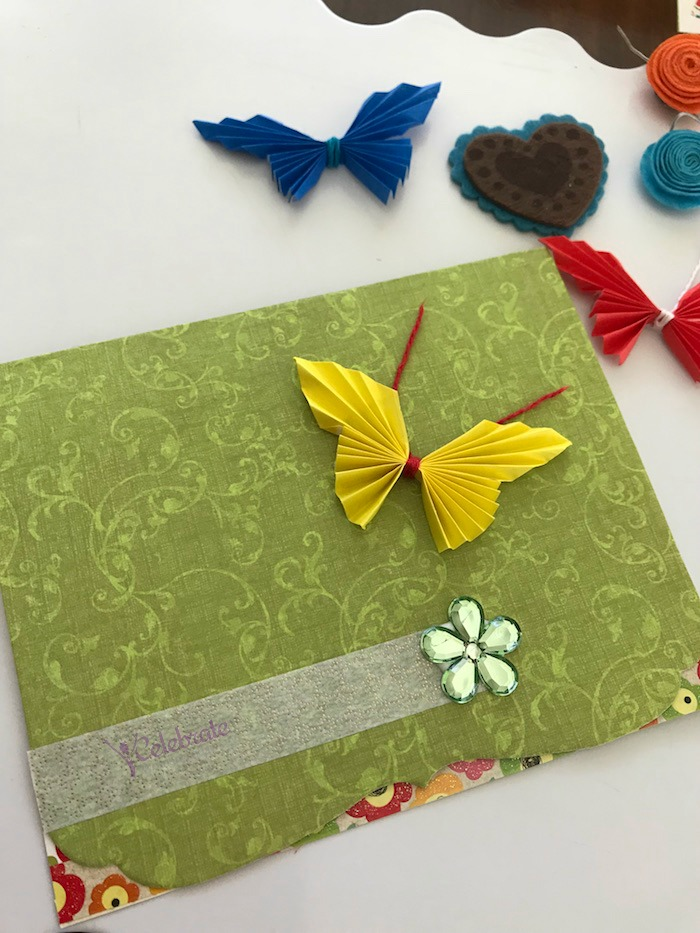 Easy Butterfly paper craft in 5 minutes