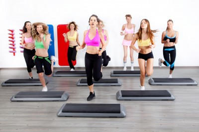 Aerobics-women-class