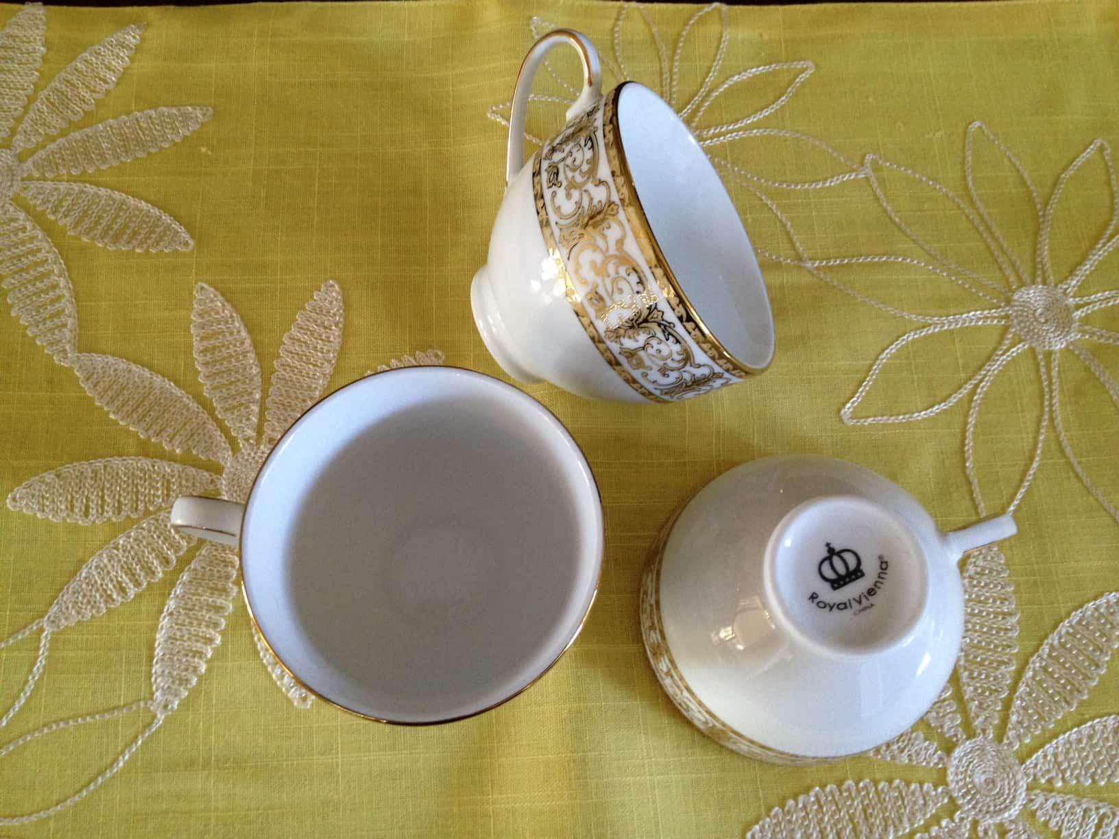 brylanehome gold dinnerware set