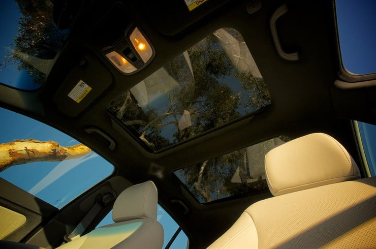 Kia-Optima-Sunroof