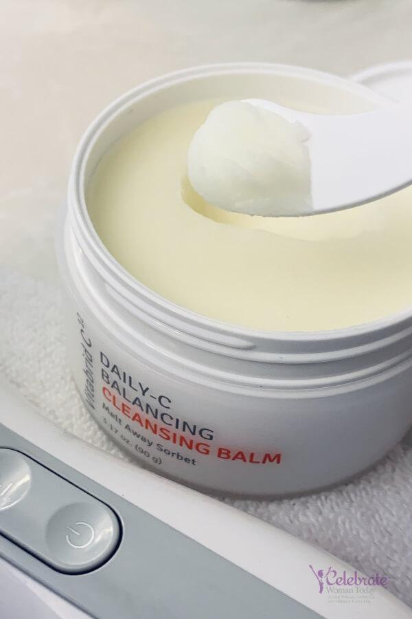 Cleansing skin balm