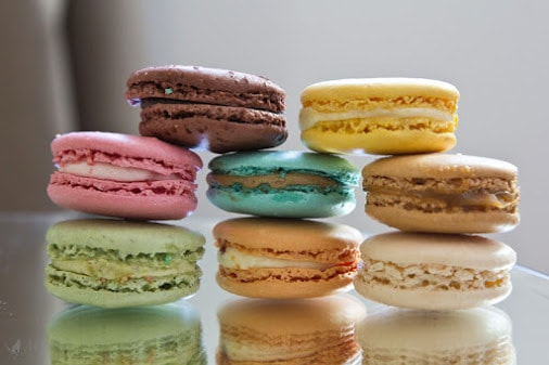 French Macarons Recipe To Celebrate With Color & Taste #RecipeIdeas
