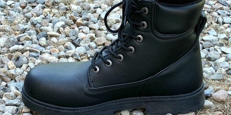 Lugz Men's Boots Detailed Features And Beautiful Designs