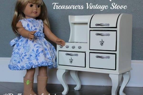 WIN Queen's Treasurers Vintage Stove for 18 Inch Dolls