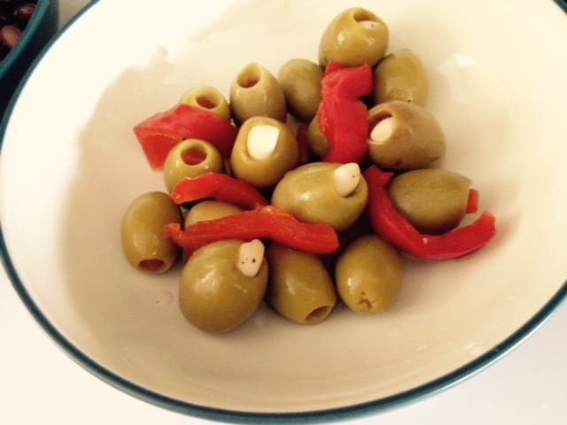 Green Olives with Garli