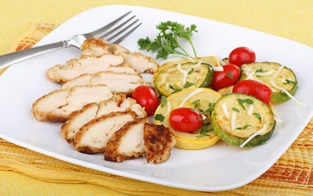 Hunt's® Chicken with Mediterranean Vegetables #RecipeIdeas