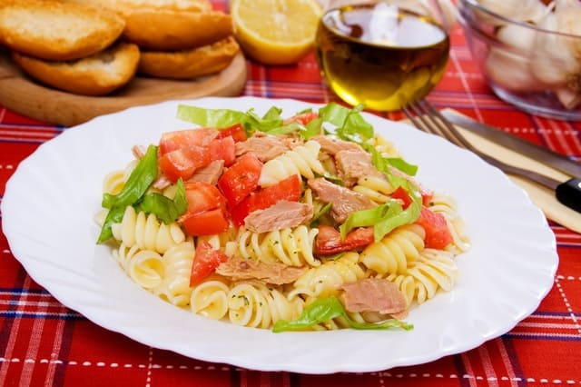 Pasta-BLT-Salad recipe