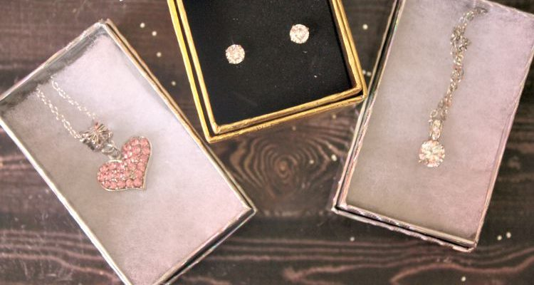 Jewelry From SmitCo Would Make The Perfect Gift for Her Any Time of the Year!