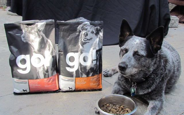 Feed Your Pets With Petcurean Pet Food Giveaway