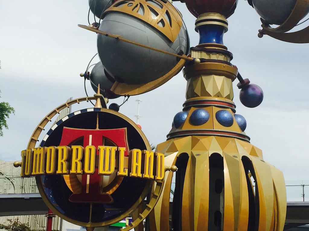 Tomorrowland-Disneyland