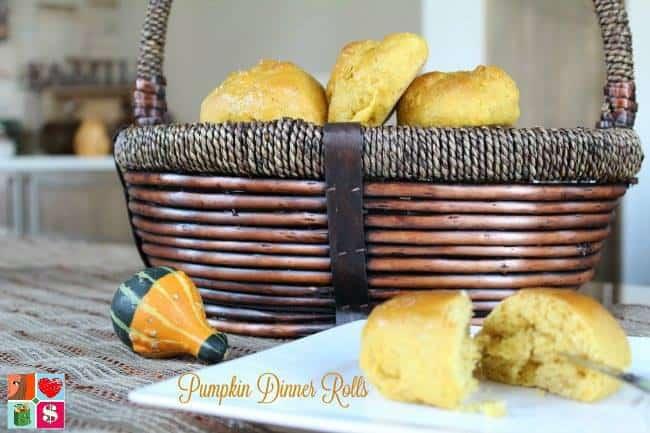 umpkin-Dinner-Rolls