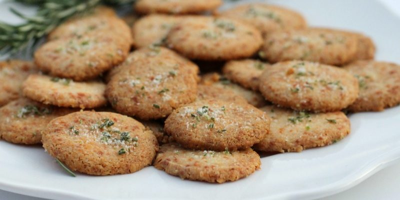Homemade Cheese Crackers with Rosemary