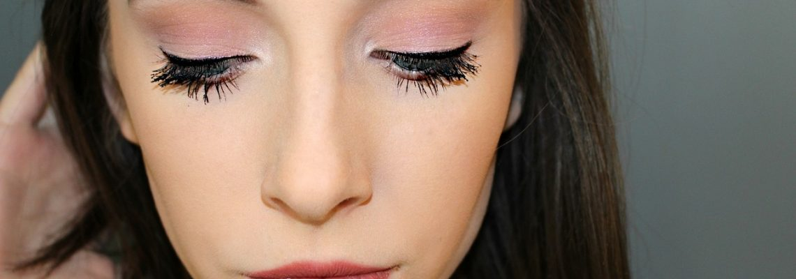 Quick Beauty Tips for Eyes, Lips, Facial Makeup
