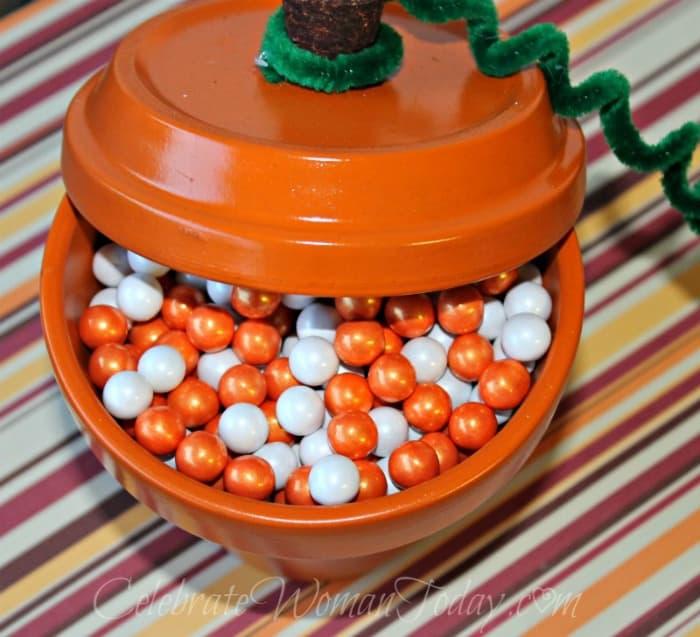 Terra Cotta Pumpkin Pot Craft, Home Decor Ideas