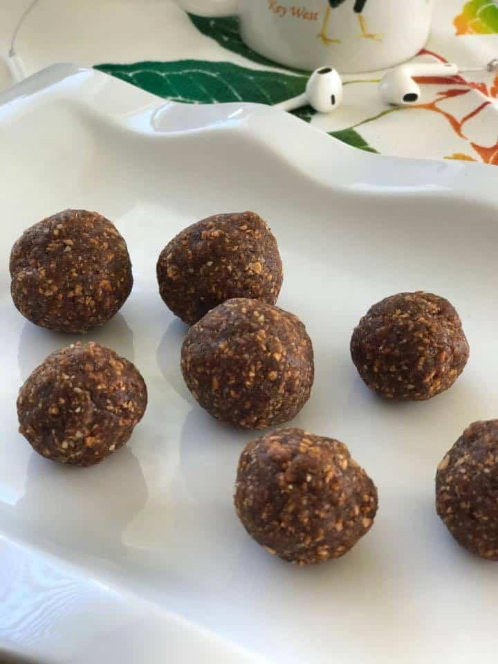 Energy balls, Apple Nutmeg Bites Recipe