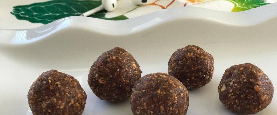 Energy Balls In Apple Nutmeg Bites – 100 #RecipeIdeas