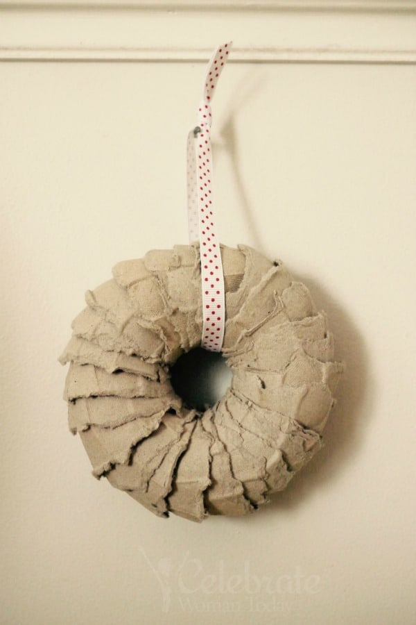Egg Carton Wreath Craft Tutorial