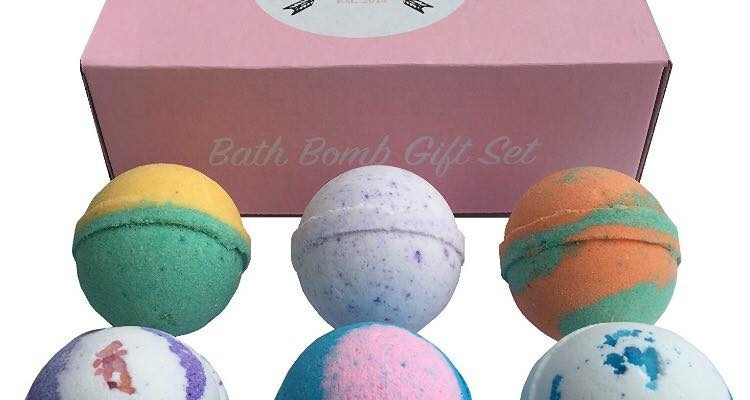 Organic And Aromatic Bath Bombs for Your Weekend Bliss