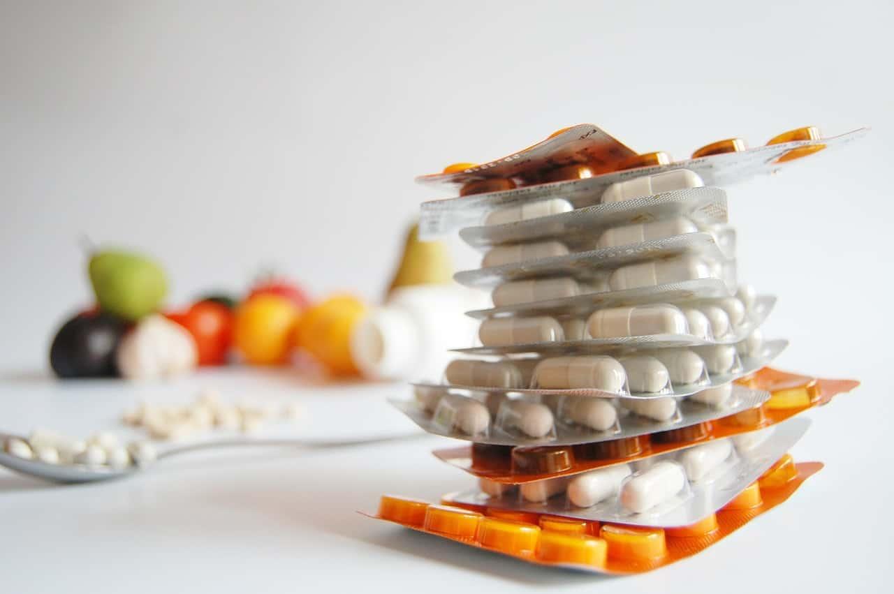 Polypharmacy vs Alternative Medication