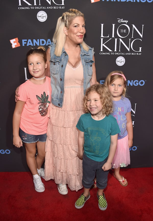 Tori Spelling, The Lion King, Disney movies, The Walt Disney Signature Collection