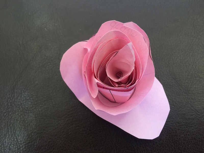 Flower twisting craft DIY tutorial