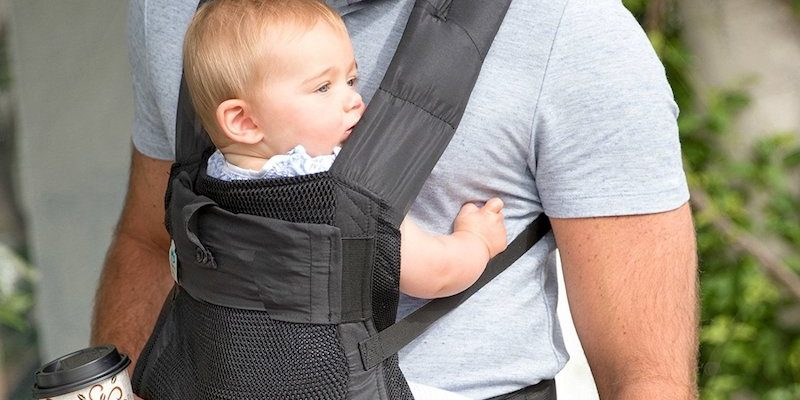 Baby Bonding Time With Help of Blooming AirPod Baby Carrier