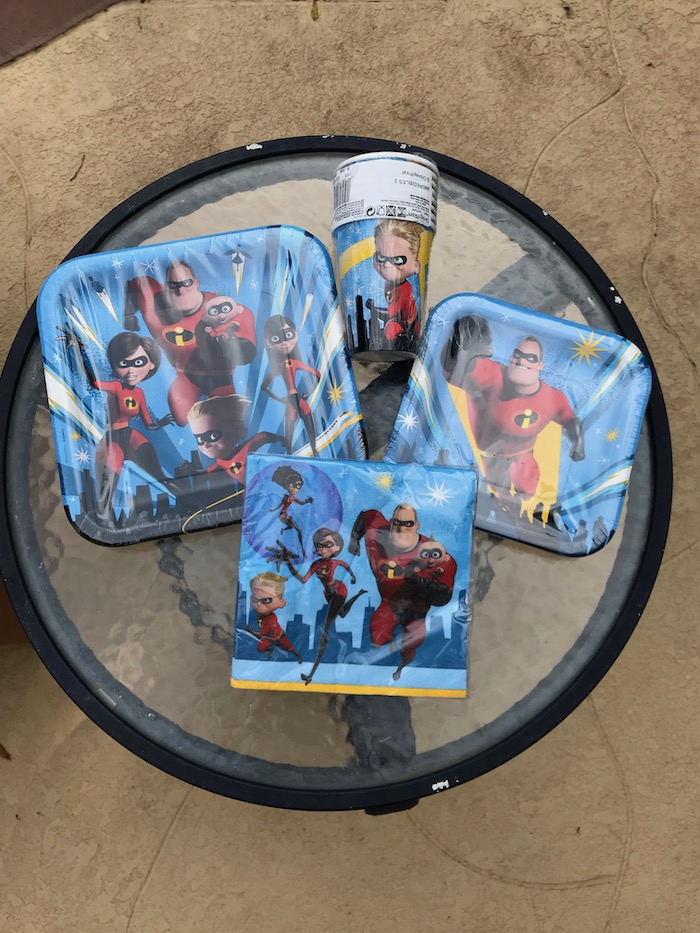 The Incredibles 2 Party Supplies Pack. Celebrate with awesome Dessert Plates, Beverage Napkins, Cups, Table Cover, and Birthday Candles.