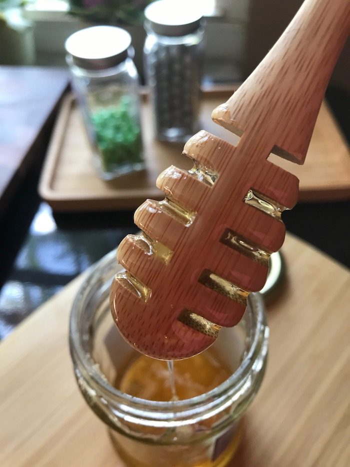 BAMBOO Honey Dripper can be used for drizzling honey, maple syrup, blackstrap molasses, melted chocolate, caramel, and more