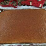 valentines day pinata cake